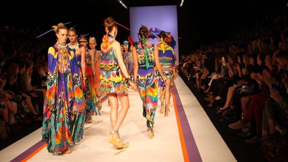 La Fashion Week et Paris Plages pour un été radieux