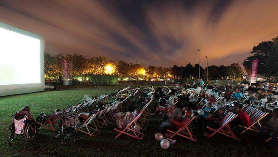 Take a trip to the Canal Saint Martin and attend the outdoor film festival