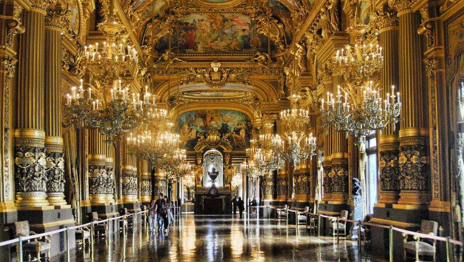 Visiting the Opera Garnier; a guide
