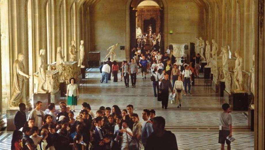 Le Louvre : musée incontournable parisien