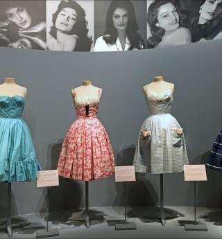 Poussez les portes de la garde-robe de Dalida
